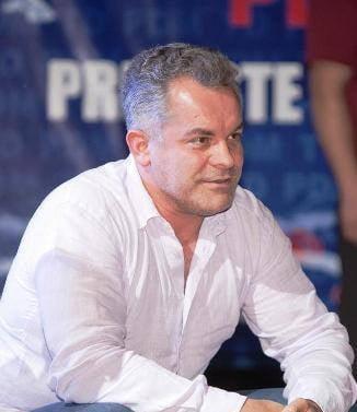 Criza politica in R. Moldova: Chisinaul fierbe - mitinguri inainte de anuntarea candidatului pentru functia de premier