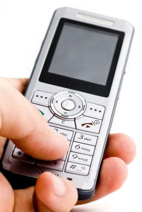 Criza va reduce vanzarile de telefoane mobile cu aproape 30%