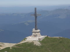 Crucea Caraiman are nevoie de reparatii majore