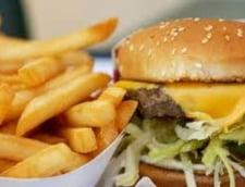 Cseke Attila: Taxa pe fast food a fost amanata