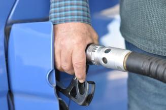 Cu cat cresc preturile la benzina, motorina si tigari. Majorarile se aplica de la 1 ianuarie 2021