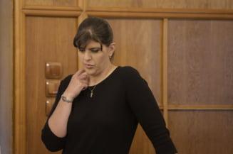 Cu cateva zile inainte de audierea de la Bruxelles, Kovesi a fost citata de Adina Florea ca suspect pentru luare de mita