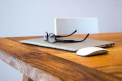 Cu firma la psiholog si avocat! Initiativa de salvare a antreprenorilor incearca sa ajute dincolo de comert