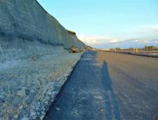 Cu intarziere de peste 3 ani, 43 de kilometri din Autostrada Lugoj-Deva ar putea fi inaugurati, in august