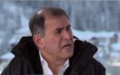 """Cui ia apararea """"profetul crizelor"""" - Roubini: Lumea nu e condamnata"""