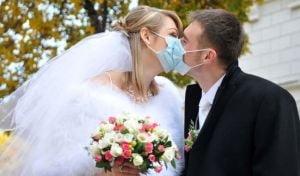 Cui ii face mai bine casatoria: femeii sau barbatului?