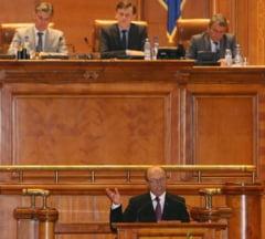Cui sa-i dam mai multa putere, presedintelui sau Parlamentului? Sondaj Ziare.com