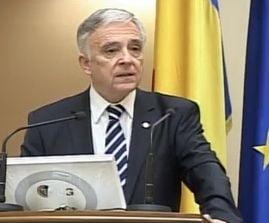 Cum a ajuns Mugur Isarescu guvernatorul BNR
