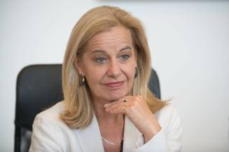 Cum a ajuns ambasadoarea Olandei la aceeasi masa cu un infractor UPDATE Explicatii oficiale si neoficiale