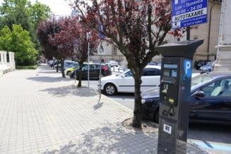 """Cum a ajuns un bărbat din Craiova să plătească 35 de euro pentru o oră de parcare în centrul orașului: """"Când am ajuns în mașină au început să curgă mesajele"""""""