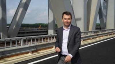 """Cum a convins Romania Comisia Europeana sa aloce bani din PNRR pentru drumuri. Drula: """"Am explicat la Bruxelles ce inseamna crucile de pe DN2"""""""
