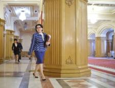 Cum a impuscat Viorica Dancila doi iepuri dintr-o lovitura. Trebuia sau nu demisa Ecaterina Andronescu si, mai ales, pentru ce?