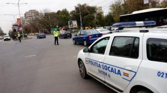 """Cum a incasat un politist local din Bucuresti mii de euro promitand ca rezolva angajari: """"Toata lumea stia ca a participat in campania electorala a PSD-ului"""""""