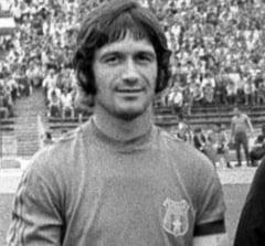 Cum a interzis Ceausescu un fotbalist roman la Barcelona - Interviu