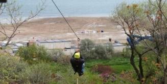 """Cum a reusit """"Dorel"""" sa demoleze cea mai mare tiroliana din Romania"""
