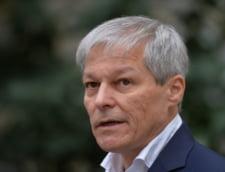 Cum a reusit Dacian Ciolos sa-i ia fata lui Barna in prima runda de alegeri din USR PLUS. Rolul iesirii de la guvernare