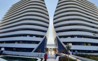 """Cum arata apartamentele in """"Wings"""", blocul in forma de aripi din Cluj-Napoca. Cat costa un penthouse cu doua niveluri si gradina FOTO"""