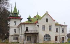 Cum arata conacul negociat de Catalin Nechifor si baronul Viorel Hrebenciuc, pe banii Consiliului Judetean Suceava