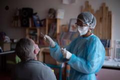 """Cum arata un consult la medicul de familie in timpul pandemiei. """"Se foloseste chiar si o lampa cu ultraviolete"""""""