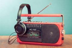 Cum asculti online orice radio din lume