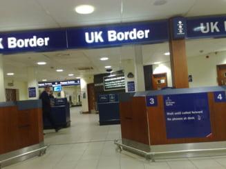 Cum au ironizat britancii falsul val de imigranti: Romani deghizati in picaturi de ploaie. Fugiti!