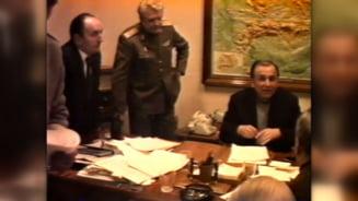 """Cum au preluat Armata si Iliescu puterea in decembrie 1989. Decizia referitoare la revolutionarii care bateau la usa: """"Trebuie sa scapam de astia"""""""