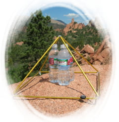 Cum construiesti o piramida pentru detoxifiere