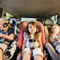 Cum echipam copii pentru un drum cu masina?