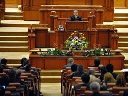Cum explica absenta de la vot parlamentarii chiulangii: e o strategie