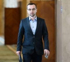 Cum explica seful organizatiei de tineret a PSD votul in favoarea motiunii