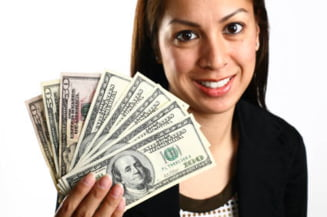 Cum fac bani cele mai bogate femei din Romania?