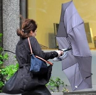 Cum ii sperie britanicii pe imigranti: Nu veniti aici, ploua si sunt joburi prost platite!