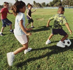 Cum il convingi pe cel mic sa faca sport?