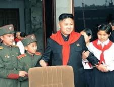 Cum indoctrineaza copiii regimul comunist din Coreea de Nord (Galerie foto&Video)