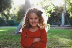 Cum iti inveti copilul sa se imbrace singur?