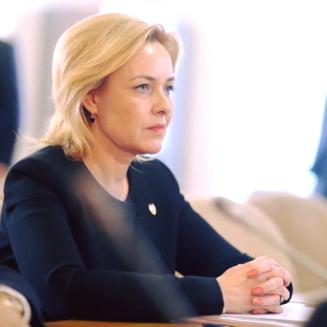 Cum justifica ministrul Carmen Dan numarul mare de jandarmi prezenti la audierea lui Liviu Dragnea la DNA