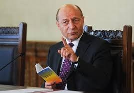 Cum n-ar trece Constitutia. USL vs cvorum vs Basescu (Opinii)