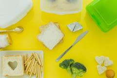 Cum pastram alimentele proaspete mai mult timp