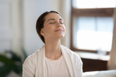 Cum poți îmbunătăți calitatea aerului din locuință dacă ești predispus la alergii