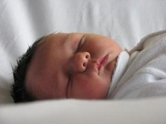 Cum poti afla inca de la nastere daca bebelusul tau risca sa faca autism