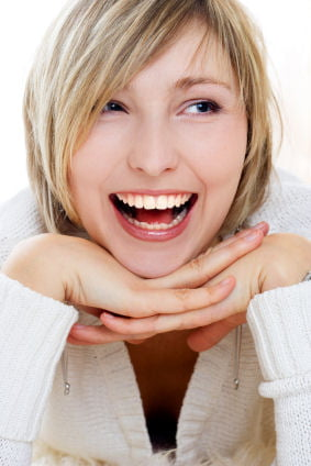 Cum poti avea dintii albi?