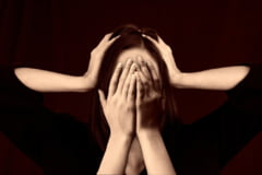 Cum recunosti durerile de cap care anunta boli grave