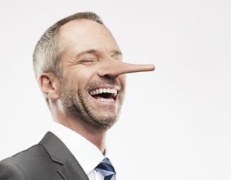 Cum recunosti un mincinos pe Internet