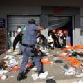 Cum s-a ajuns la anarhie, jafuri și un masacru cu peste 200 de morți în Africa de Sud. Scânteia: condamnarea fostului președinte FOTO