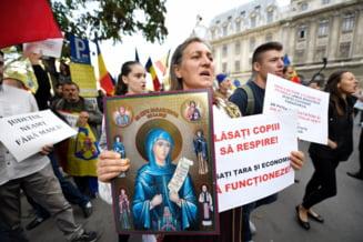 """Cum s-a transformat Biserica Ortodoxa in principalul opozant al restrictiilor generate de pandemie: """"E un lucru arhicunoscut ca exista doua factiuni in interior"""""""