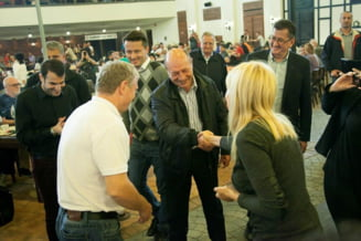Cum s-au distrat Udrea, Basescu si Boc, la o halba de bere (Galerie foto)