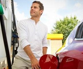 Cum sa ai un consum mai mic la masina: 10 sfaturi utile