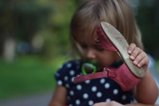 Cum sa cumperi pantofii pentru copii