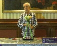 Cum sa faci un aranjament floral - trucuri olandeze