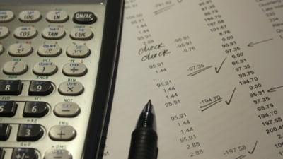 Cum sa iti calculezi singur salariul net